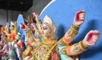 Artisans giving final touches to Goddess Durga idols for Navratri in Nagpur